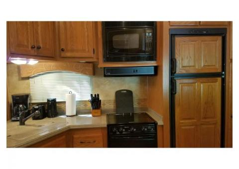 2008 Heartland Bighorn, 37 ft. 5th wheel, great condition. Living is great in this top-of-line spaci